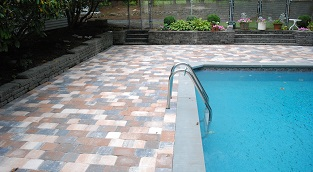 With over 30 years of experience the experts at Super Thin Pavers will add the perfect finishing touch to your new construction.